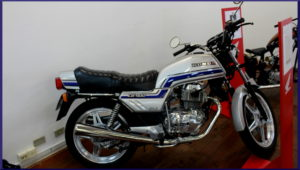 CB 400 (1981) do Luciano, nf original, e está à venda
